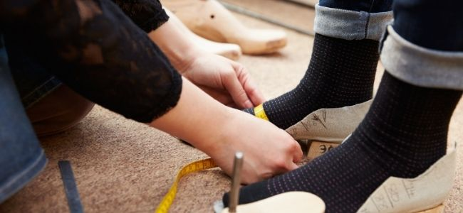 how to measure shoe size at home